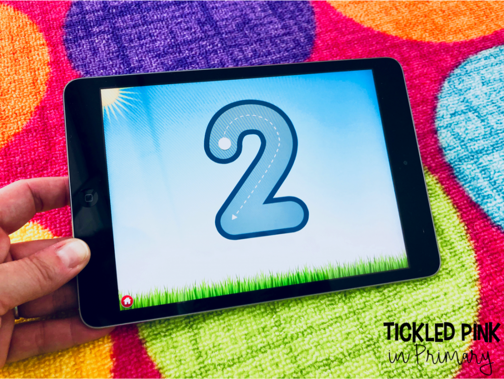 Help your Kindergarten students learn numbers with this free iPad math app. Check out these 10 free kindergarten ipad apps for reading and math. #kindergartenapps #free #kindergarten #ipadgames #numbers