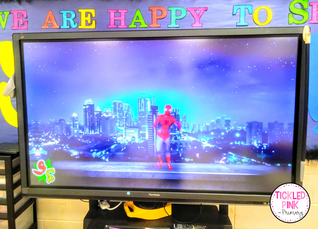 Becoming a superhero while counting to 100 with Spiderman!